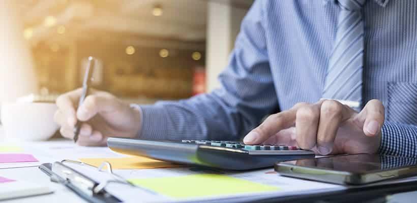 requisitos oposiciones Técnico de Hacienda